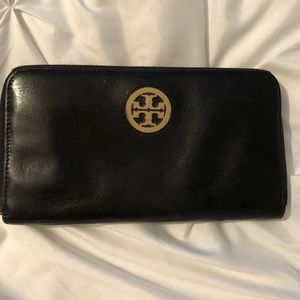 Tory Burch ZIP Wallet